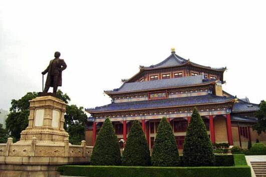 Sun-Yat-Sen-Memorial-Hall-Guangzhou