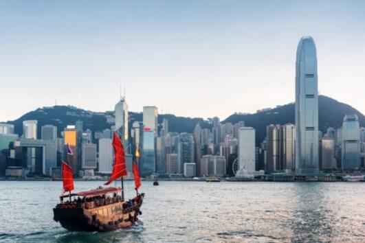 Hong-Kong-Harbour-760x400